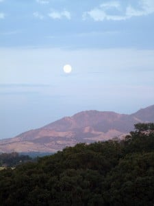 Mt. Diablo full moon rising